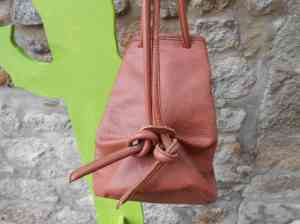 dos sac à dos marron