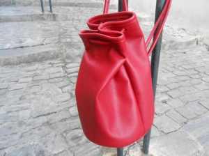 sac d'epaule ou dos rouge